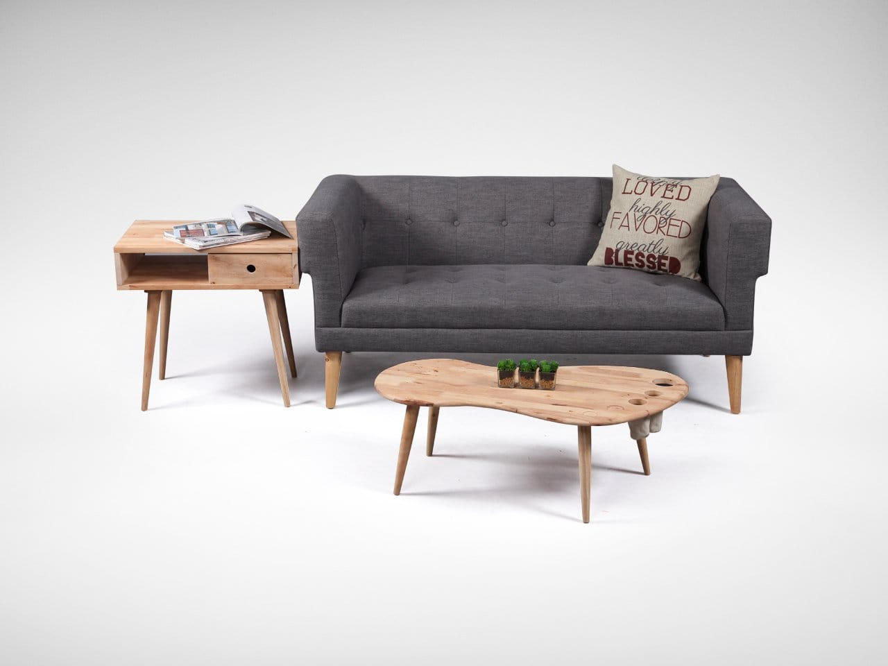 [Flux Side Table & Sonia 2.5 Seater Sofa]